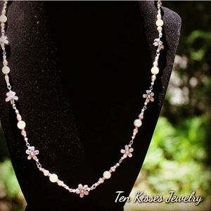 3 for $15 - Floral beaded necklace